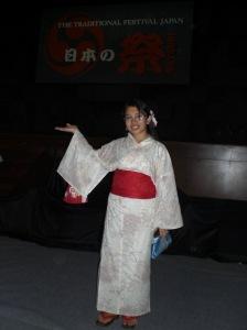 Nihon no matsuri e, irrashaimasseee.. q(^o^)